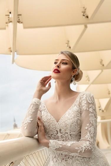 suknia ślubna TO-1202T zbliżenie