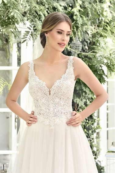 suknia ślubna TO-843T zbliżenie