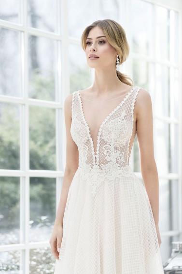 suknia ślubna TO-858T zbliżenie